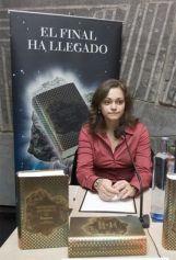 http_2.bp.blogspot.com-HhcuHJqRwKwUlwn6mUu_iIAAAAAAAALhQIDKYMFOPxF8s1600Laura+Gallego